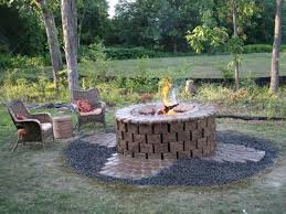 Modern Finishing Brick Outdoor Fire Pit Space