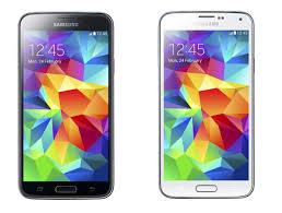 samsung galaxy s5 white vs black. mengikuti jejak samsung galaxy s4 yang telah hadir tahun 2013 silam, s5 akan menjadi smartphone andalan untuk memikat hati para galaxy white vs black
