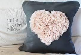 Ruffly Flower Pillow Tutorial. c576fcb58f054cb6c26d76006fad9fc9 DIY ...