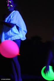 Lighting for parties ideas Backyard The Ultimate Black Light Party Guide Glowing Party Ideas Glowing Decor Ideas Glowing Mathew Guiver Glow Party Ideas Ultimate Guide How To Throw Black Light Party