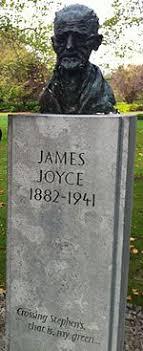 james joyce bust of joyce on st stephen s green dublin