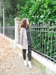 cristina from the brunette nomad dallas fashion blogger living in switzerland is sharing her