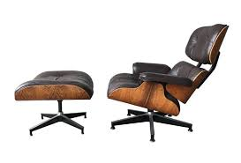 Eames Rosewood Lounge Chair and Ottoman Made by Herman Miller