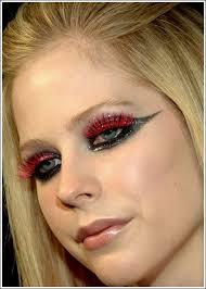 resultado de imagem para avril lavigne makeup