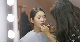 be a k beauty queen and learn all about korean beauty and makeup from makeup artist emily quak she will be dishing out tips and tricks on achieving the