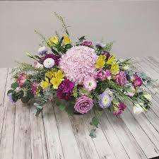 Elements And Principles Of Design In Floristry Flower Arrangement Course Singapore Creativeworkz