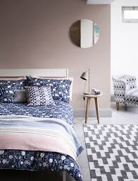Taupe Bedroom Decorating Howe To Decorate With Taupe Interiors Paint Colours