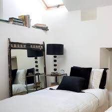 black and white bedroom decor. Black And White Bedroom Decor Ideas On
