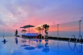 infinity pool singapore hotel. Sterling Singapore Infinity Pool Hotel