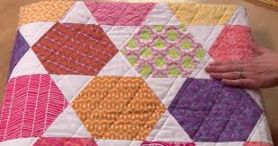 Do You Wish You Could Quilt? - Quilting Digest & Hexie Bed Quilt Online Class for Beginners Adamdwight.com