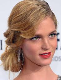Short Hairstyles For Prom 89 Best 24 Popular Prom Hairstyles For Girls With Medium Length Hair