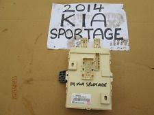 car fuses fuse boxes for kia 2014 kia sportage 1 7 diesel 2wd oem fusebox relay box 91950 3w043