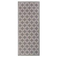 6 in x 4 ft accent rug