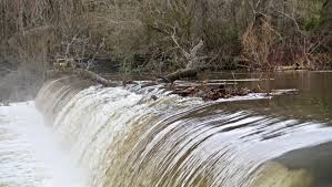 What is a low head dam. Blount County Drowning Points To Dangers Of Swimming Near Low Head Dams