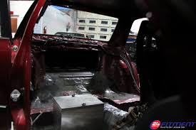 cressida 24 hour fitment another peek inside galen s gutted cressida along stripping everything previously mentioned the sunroof was removed and sealed up as well as the