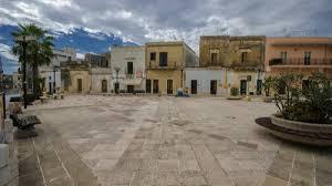 In Salento, dove le case costano un euro: così sta rinascendo Caprarica di  Lecce - la Repubblica
