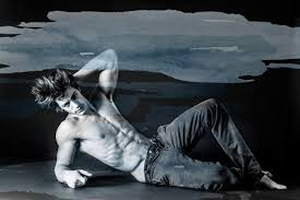 HOMOTOGRAPHY: Alex Tripodi by Manuel Scrima   Image Amplified