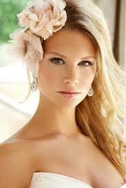 beautiful natural makeup flowers in hair wedding makeup looks wedding beauty beach wedding