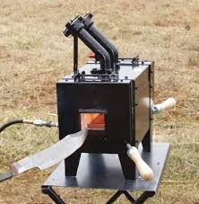 operates off of regular grill propane tank it can hit my next forge