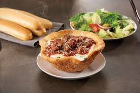 olive garden s newest lunch item the meatball pizza bowl photo burklehagen photography