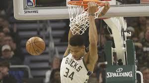 Milwaukee Bucks Depth Chart Giannis Antetokounmpo Leads Milwaukee Bucks Past Detroit Pistons