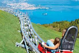 Het lago maggiore is het op één na grootste meer in italië en dit meer is gelegen in het vanaf het piazzale lido gaat er een kabelbaan naar het mottarone punt. Ynn Iiprk0afsm