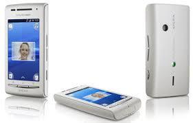 sony ericsson xperia x8. sony ericsson masih belum puas berkompetisi dengan pesaingnya di segmen ponsel layar sentuh. kali ini jagoan dari keluarga xperia. xperia x8 e