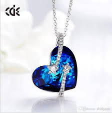whole cde brand hot style in europe and america women s gift heart shape pendant crystal necklace swarovski elements jewelry horseshoe pendant necklace