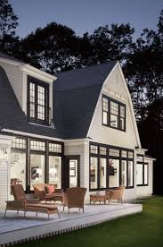 25 White Exterior Ideas for a Bright, Modern Home - http ...