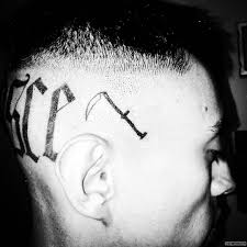коса тату на голове у парня добавлено иван вишневский