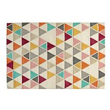 tap to zoom rug totally triangular details v5