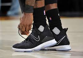 nike basketball shoes 2017. is 2017 the bounce-back year for nike basketball signature shoes? shoes a