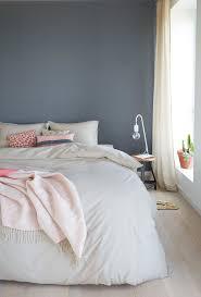 Ein Hübsches Blau Grau Als Wandfarbe Im Schlafzimmer Wwwkoloratde