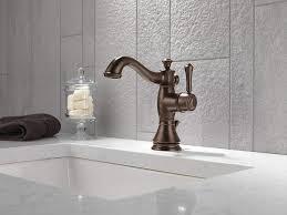 faucet delta arzo rain shower head delta trinsic widespread faucet delta cassidy bath delta linden bath collection delta 8 inch
