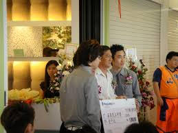 Alvin Interior Deco donates RM1000 to a Chinese School in Kuching Sarawak