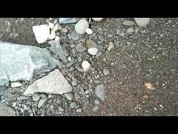 .tempat tersebut, apakah dahulunya atau saat ini ada penambang emas? Ciri Ciri Sungai Yang Mengandung Batuan Emas Dan Pasir Emas Youtube