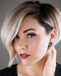 Kort Blond Met Kleuraccenten Kapsels Voor Vrouwen Haircuts For Women
