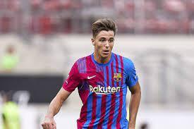 La Masia starlet Nico Gonzalez tipped for big year at Barcelona as Sergio  Busquets' understudy - Football Espana