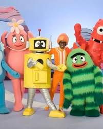 Sunday morning children's magazine show featuring celebrity guests, interviews, performances, games, as well as cbbc shows and cartoons. Yo Gabba Gabba Cbeebies Wiki Fandom
