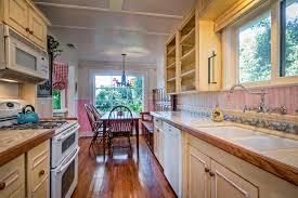 Kitchen Tvs Emily Kellenberger 80 Virginia Lane Emily Kellenberger