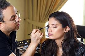 if you want to feel like the most beautiful woman in the world leave it up to master of make up glam bam fattouh as well as spinning his customary