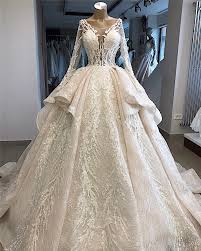 New Ball Gown Design New Arrivals Luxury Beaded Lace Ball Gown Wedding Dresses