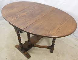 antique oak oval dining table. antique oak oval dining table