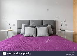 Schlafzimmer Lila Grau Wohndesign