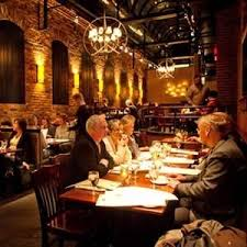 market square pub dining table  restaurants available nearby   restaurants available nearby