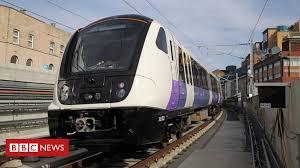 Crossrail delay: <b>New</b> London line will open in <b>autumn 2019</b> - BBC ...