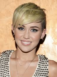 Miley Cyrus Hair Style miley cyrus haircut miley cyrus short hair teen vogue 5315 by wearticles.com