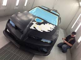 mike lavallee at re a muscle car painting the banshee ta