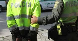 Resultado de imagen de POLICIA A LA CARCEL