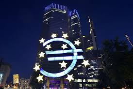 the euro in crisis decision time at the european central bank essay